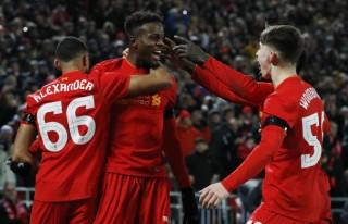 Đá bại Leeds, Liverpool vào bán kết Cúp Liên đoàn Anh