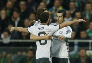 M.U vào vòng 16 đội Europa League