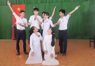Phát huy năng lực học sinh qua mô hình Câu lạc bộ tiếng Anh