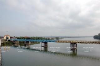"""Tỉnh Quảng Trị tổ chức lễ Thượng cờ """"Thống nhất non sông"""""""