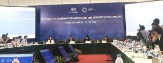 Các cuộc họp mở đầu Hội nghị lần thứ hai các quan chức cao cấp APEC
