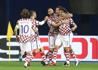 Thắng đậm Hi Lạp, Croatia đặt một chân đến Nga