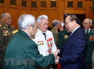 Thủ tướng gặp mặt cựu chiến binh Điện Biên Phủ thành phố Hải Phòng
