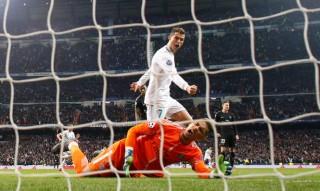 Ronaldo ghi cú đúp, R.M thắng cách biệt PSG