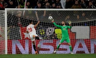 De Gea giúp M.U cầm chân Sevilla tại Sanchez Pizjuan