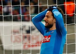 Napoli bị loại khỏi Europa League