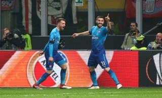 Đá bại Milan tại San Siro, Arsenal  rộng cửa đi tiếp