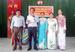 Đại hội Chi bộ Trường THCS Hưng Nhượng