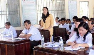 Thường trực Huyện ủy Giồng Trôm làm việc với Đảng ủy xã Lương Hòa