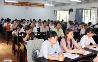 Mô hình Trưởng Ban Tuyên giáo Huyện ủy kiêm Giám đốc Trung tâm Bồi dưỡng chính trị huyện: Giúp các trung tâm bồi dưỡng chính trị hoạt động hiệu quả