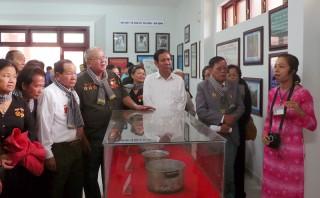 Tổ chức hoạt động về nguồn, góp phần giáo dục truyền thống