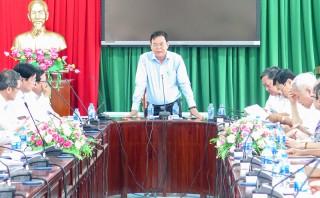 Bí thư Tỉnh ủy Võ Thành Hạo làm việc với tập thể Đảng ủy và Ban giám hiệu Trường Cao đẳng Bến Tre