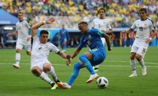 Brazil thắng Costa Rica trong phút bù giờ