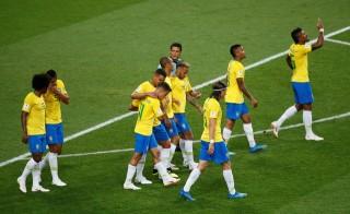 Thắng Serbia, Brazil đụng Mexico ở vòng 16 đội