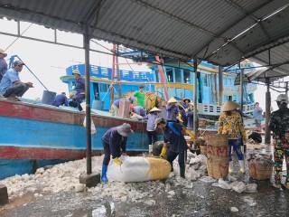 Quan tâm siết chặt quản lý đánh bắt thủy sản