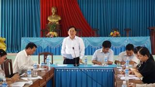 Phó bí thư Tỉnh ủy Trần Ngọc Tam làm việc với Đảng ủy xã Nhuận Phú Tân