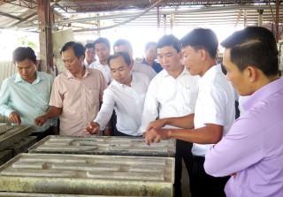 """YBA tour 2018 """"Kết nối doanh nhân"""" đến huyện Mỏ Cày Nam"""