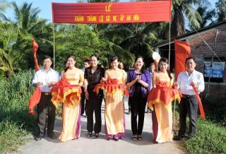 Hội Liên hiệp Phụ nữ tỉnh phát động phong trào xây dựng giao thông nông thôn