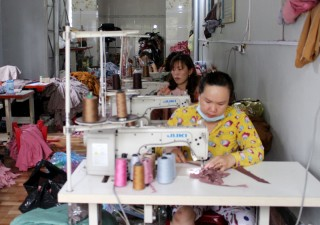 Tân Phú tạo sinh kế và giải quyết việc làm cho hộ nghèo