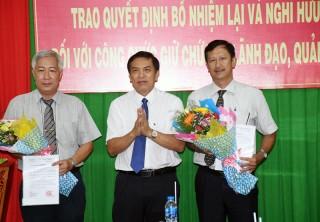Trao quyết định nghỉ hưu, kéo dài thời gian, bổ nhiệm lại công chức lãnh đạo, quản lý