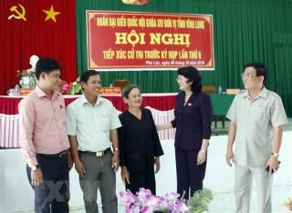 Quyền Chủ tịch nước tiếp xúc cử tri tỉnh Vĩnh Long