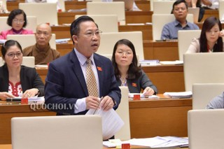 Đại biểu Quốc hội đơn vị tỉnh Bến Tre thảo luận về ngân sách nhà nước