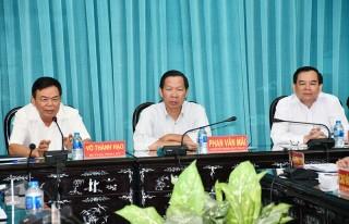 Khảo sát tình hình thực hiện Nghị quyết năm 2018 ở các huyện ủy, thành ủy, đảng ủy trực thuộc Tỉnh ủy