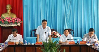 Đoàn khảo sát Tỉnh ủy làm việc tại Bình Đại, Châu Thành