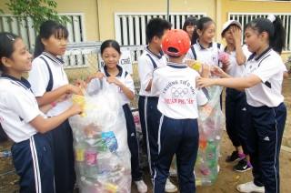 Trường THCS Nhuận Phú Tân: Đi đầu trong đổi mới và sáng tạo