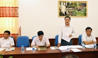 Các tổ đại biểu HĐND tỉnh thảo luận tài liệu Kỳ họp thứ 9