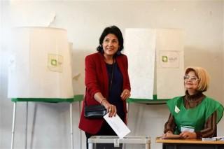 Cử tri Gruzia đi bỏ phiếu cuộc bầu cử tổng thống vòng hai