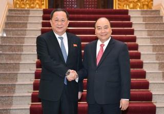 Thủ tướng tiếp Bộ trưởng Ngoại giao Triều Tiên