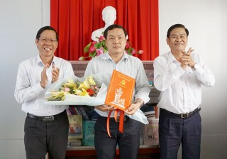 Trao quyết định bổ nhiệm Phó trưởng ban Nội chính Tỉnh ủy