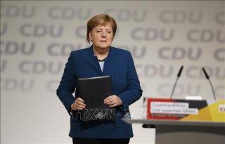 Thủ tướng Angela Merkel từ chức chủ tịch CDU