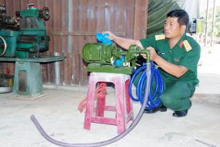 Máy bơm đa năng phục vụ công tác bảo quản, bảo dưỡng, sửa chữa vũ khí