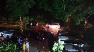 Sóng thần tấn công Indonesia: Số người thiệt mạng tăng chóng mặt
