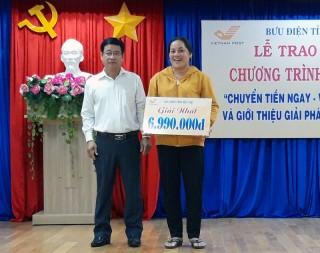 Bưu điện tỉnh trao giải thưởng chương trình khuyến mại