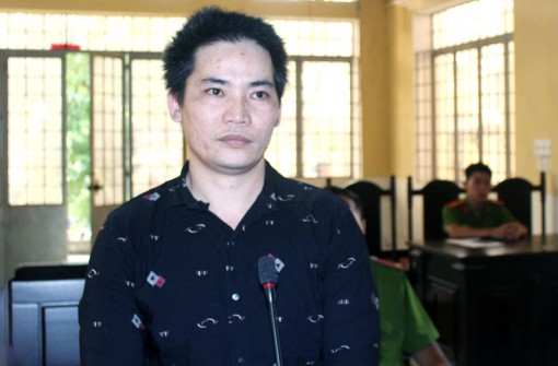 Trộm xe máy, bị phạt 6 tháng tù