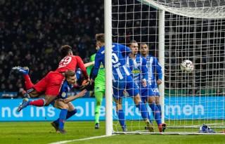 Bayern vào tứ kết Cup Quốc gia Đức