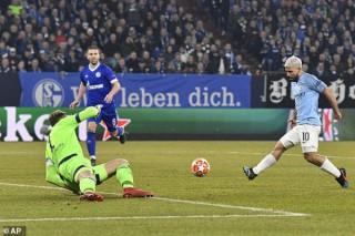 Man City thắng kịch tính Schalke 3-2