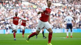 Vòng 29 Ngoại hạng Anh: Arsenal không thể đánh bại Tottenham bằng penalty