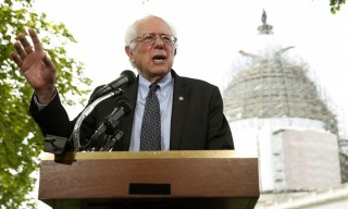 Thượng nghị sĩ Bernie Sanders bắt đầu chiến dịch tranh cử Tổng thống Mỹ