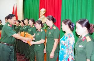 Bộ Chỉ huy Quân sự tỉnh họp mặt Ngày Quốc tế Phụ nữ