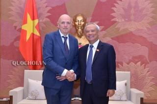 Phó chủ tịch Quốc hội Uông Chu Lưu tiếp đoàn Nghị sĩ Vương quốc Bỉ