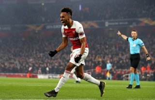 Arsenal thắng Rennes 3-0