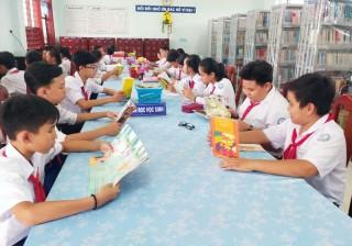 Trường THCS Huỳnh Tấn Phát: Xây dựng thư viện tiên tiến xuất sắc năm học 2018-2019