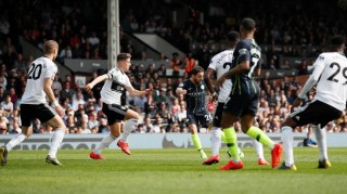 Vòng 32 Ngoại hạng Anh: Man City thắng dễ dàng Fulham 2-0