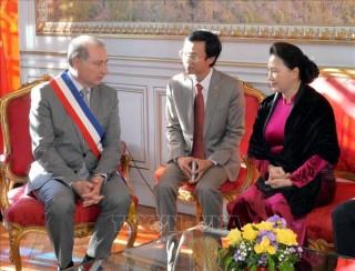 Chủ tịch Quốc hội Nguyễn Thị Kim Ngân tiếp Thị trưởng thành phố Toulouse, Cộng hòa Pháp