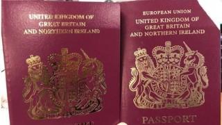 """Anh bắt đầu cấp hộ chiếu không có chữ """"Liên minh châu Âu"""""""