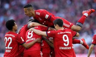 Vòng 28 Bundesliga: Bayern đoạt ngôi đầu
